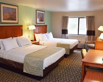 Beachfront Hotel - Houghton Lake - Спальня