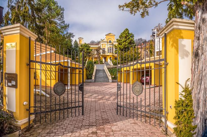 Parkhotel Brno - Brno - Outdoors view