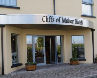 Cliffs of Moher Hotel - Liscannor - Building