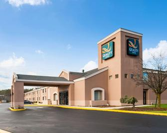 Quality Inn - Grasonville - Building