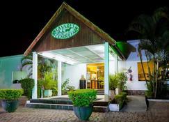 Hotel Tavares Correia - Garanhuns - Bangunan