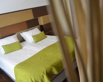 Hotel Brasserie Plein Vijf - Deurne - Bedroom