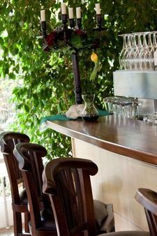 Hotel Henry - Erding - Bar