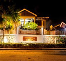 Mahogany Lodge