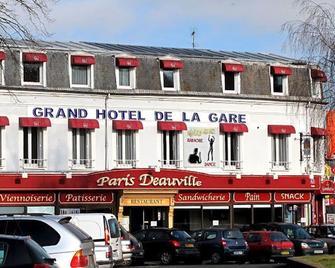 Grand Hôtel De La Gare - Évreux - Gebouw