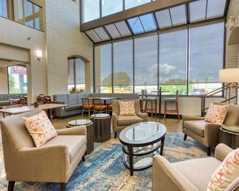 Drury Inn & Suites St. Louis Collinsville - Collinsville - Лаунж