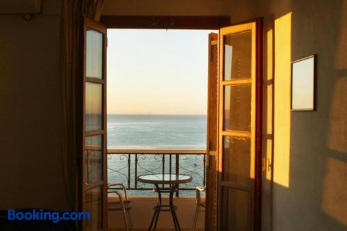 Kastro Hotel - Agios Kirykos - Balcony
