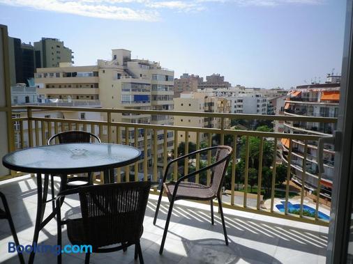 Apartamentos Turísticos Yamasol - Fuengirola - Balkon