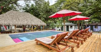 Selina Tamarindo - Tamarindo - Bể bơi