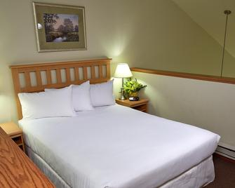 Timber Ridge Lodge And Waterpark - Lake Geneva - Bedroom