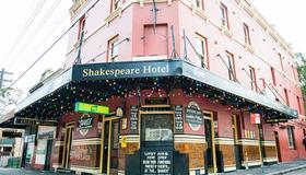 Shakespeare Hotel Surry Hills - Sydney - Building