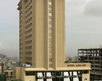 Hotel Alvalade - Λουάντα - Κτίριο