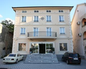 Hotel Villa Milas - Mostar - Building