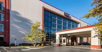 Clarion Hotel Convention Center Jackson Northwest - ג'קסון