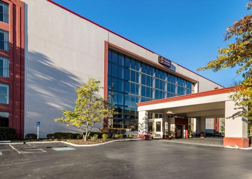 Clarion Hotel Convention Center Jackson Northwest - Jackson - Rakennus