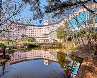 Gyeongju Kolon Hotel - Gyeongju - Building