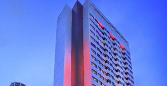 Hotel Neo+ Penang By Aston - George Town - Building