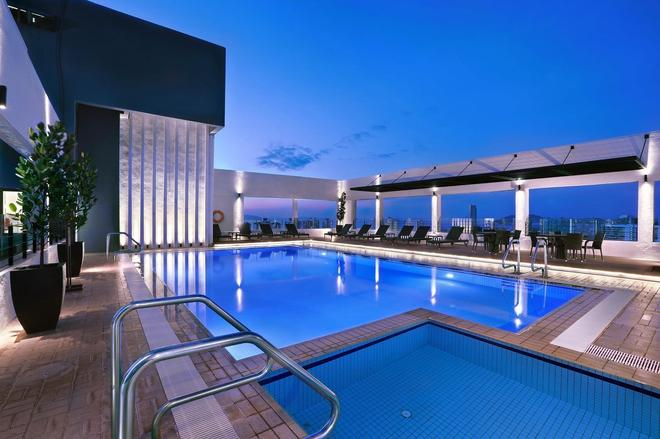 Hotel Neo+ Penang By Aston - George Town - Πισίνα