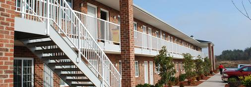 Affordable Corporate Suites - Concord - Building