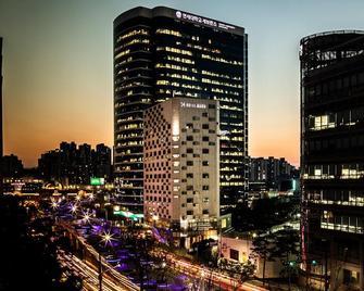 Hotel Manu - Seoul - Bangunan
