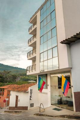 Puerto Bahía Hotel - San Gil - Edificio