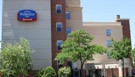 Fairfield Inn by Marriott New York LaGuardia Airport/Flushing - Queens - Bâtiment