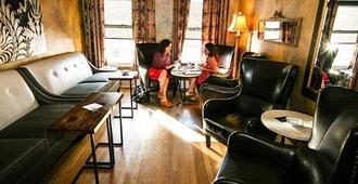 MarQueen Hotel - סיאטל - סלון