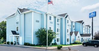 Microtel Inn & Suites by Wyndham Tomah - Tomah