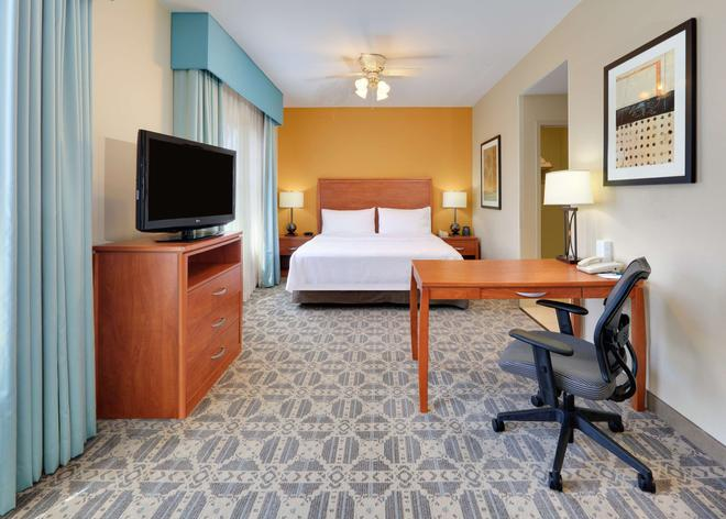 Homewood Suites by Hilton Irving-DFW Airport - Irving - Bedroom