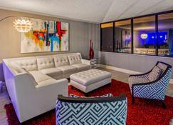 Magnolia Bluffs Casino Hotel, Bw Premier Collection - Natchez - Sala de estar