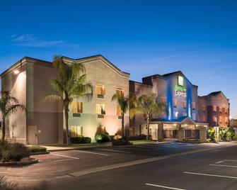 Holiday Inn Express Rocklin - Galleria Area - Rocklin - Gebäude
