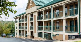 Econo Lodge at Thousand Hills - Branson - Edificio