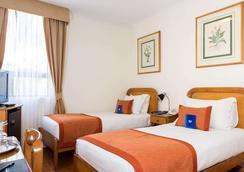 Presidente Hotel Santiago - Santiago - Bedroom