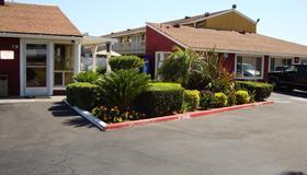 Oasis Inn Sacramento - Elk Grove - Сакраменто - Здание