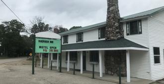 Riverview Inn - Grayling - Building
