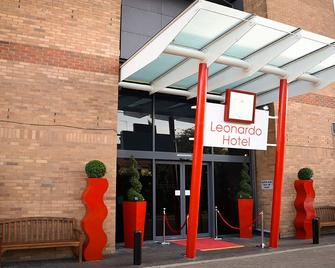 Leonardo London Heathrow Airport - West Drayton - Edificio