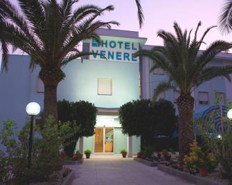 Hotel Venere - Ascea - Building