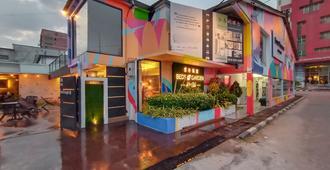 Beds In Garden Hostel Sdn Bhd - Ipoh - Building