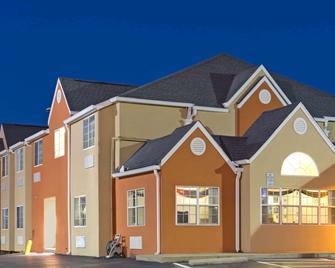 Microtel Inn By Wyndham Murfreesboro - Murfreesboro - Building