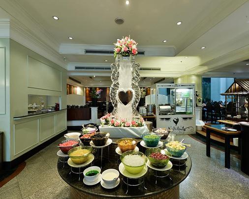 Hotel Windsor Suites Bangkok - Bangkok - Buffet