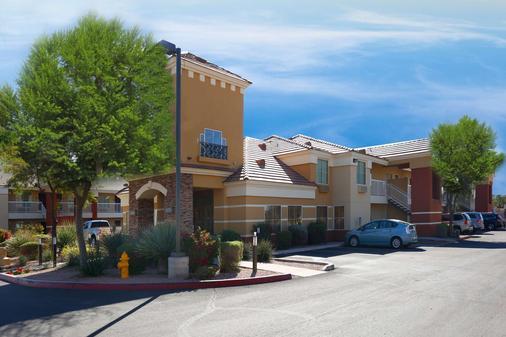 Extended Stay America Phoenix - Chandler - E. Chandler Blvd. - Phoenix - Building