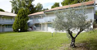 Campanile Aix en Provence Ouest Jas-De-Bouffan - Aix-en-Provence - Rakennus
