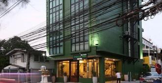 Viva La Vida Hotel - Bangkok - Building