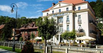 Pensjonat Malopolanka & Spa - Krynica-Zdrój - Edificio