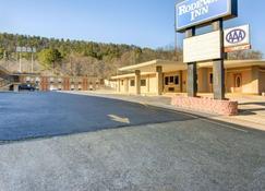 Rodeway Inn - Hot Springs - Building