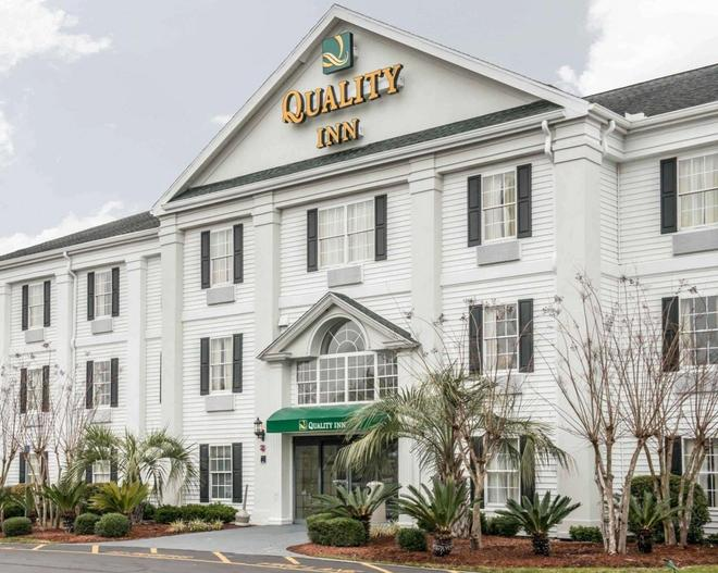 Quality Inn - Lake City - Building