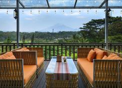 Hotel Puri Asri - Magelang - Balcon