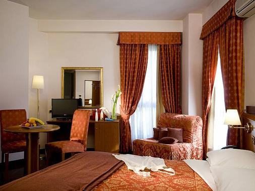 Excel Hotel Roma Ciampino - Rom - Schlafzimmer