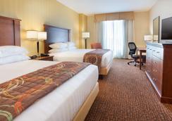 Drury Inn & Suites Mt. Vernon - Mount Vernon - Bedroom