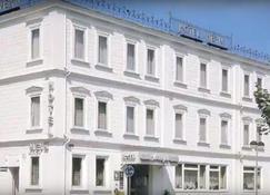Hotel Meyn - Soltau - Building